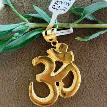 pendent gold OM  by Ghunghru Jewellers