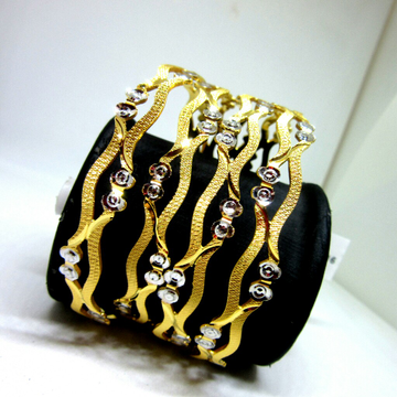 22k 916 Cutting Design Bangles by