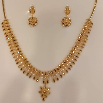 fancy diamond set by Aaj Gold Palace