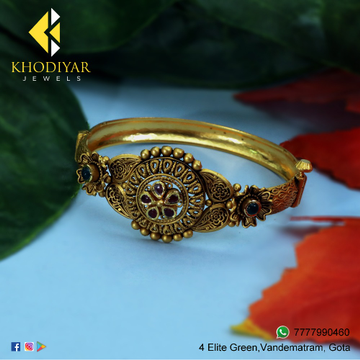 22Kt Gold Traditional Bracelet For Wedding KJ-B011