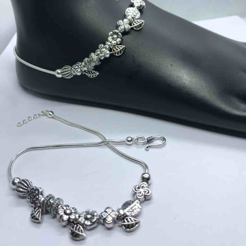 925 sterling silver light weight payal by Veer Jewels