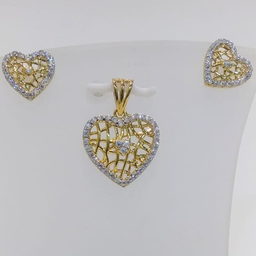 22 CT HEART SHAPE PENDENT SET