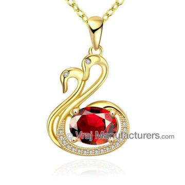 916 Gold Swan Pattern Classic Pendant Chain