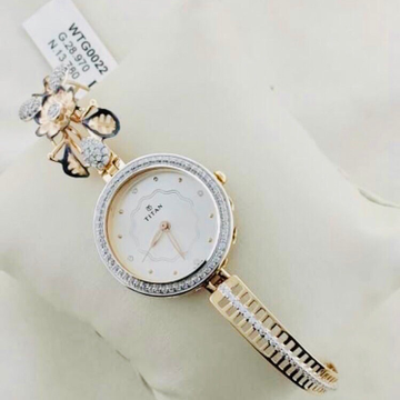 BRANDED FANCY GOLD WATCH FOR LADIES