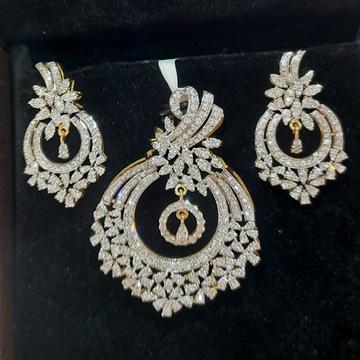 daimond  pendent set by Shri Datta Jewel