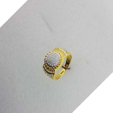 18KT Gold Gents Fancy Ring