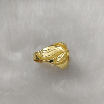 916 Gold Gent's Fancy Gent's Ring
