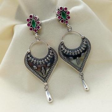 Ravishing antique silver chandelier drop charm dan...