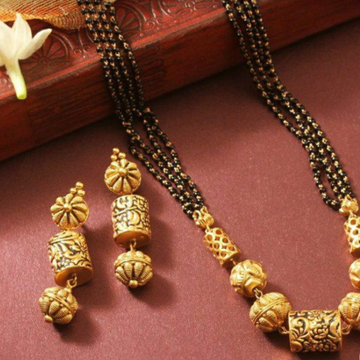 22KT / 916 Gold Antique Mangalsutra with earrings... by