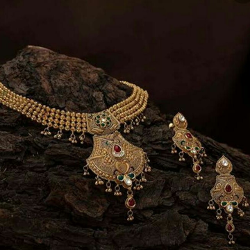 916 Gold Jadtar set by