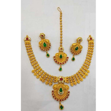 916 Necklace Set by Vipul R Soni