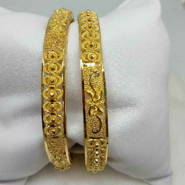 22KT Gold Antique Calcutti Bangles