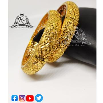 22 carat gold traditional ladies bangles RH-LB071