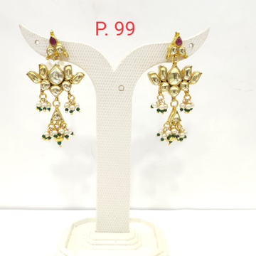 Traditional gold tone kundan design combination with moti Earring 1518