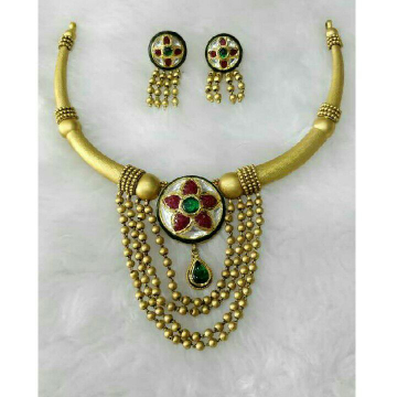 916 Gold Antique.jadtar Necklace Set