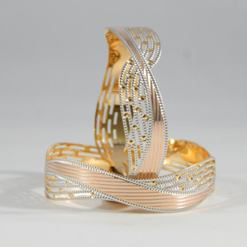 22KT Yellow Gold Jewellery  crossover Gold Bangles For Women