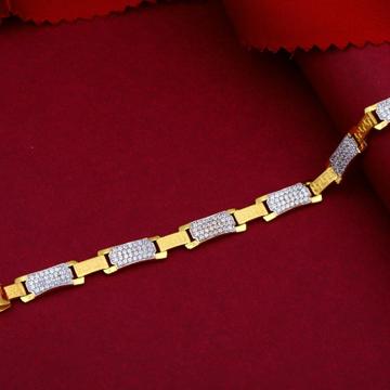 22KT Gold Student Wearing Bracelet For Men