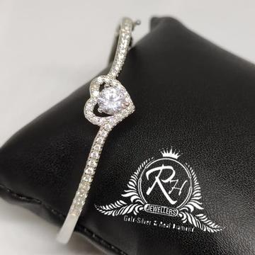 silver 92.5 heard single stone daimond ladies kada Rh-Lb928