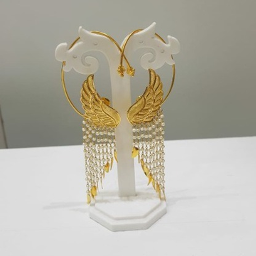18k Gold Designer Earings With Moti by