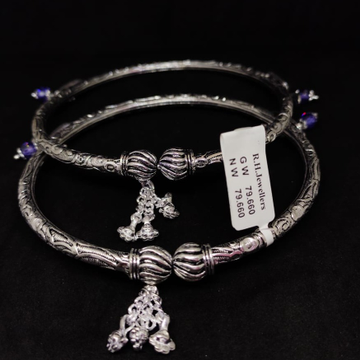 Silver fancy ladies payal rh-lp606