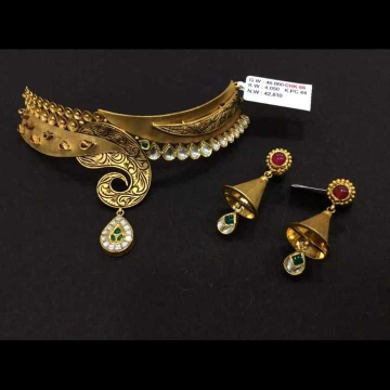 22 K Gold Antique Choker Set. NJ-N01146