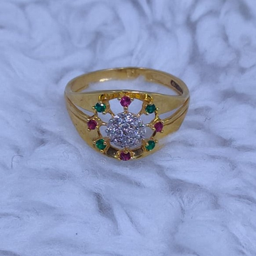 22kt/916  yellow gold  green and red stone beautiful ring for women