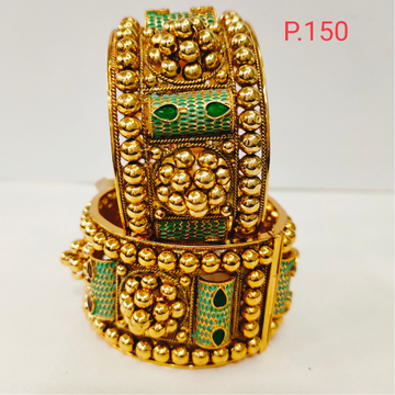 antique gold polish kada with green stone & screw openable 1198