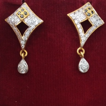 916 Gold hallmarked Earring FJ8196