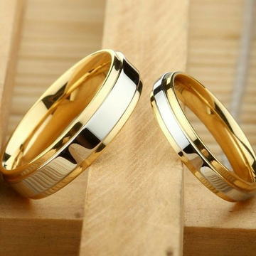 18 KT Yellow gold plain Engagement bands for Coupl... by