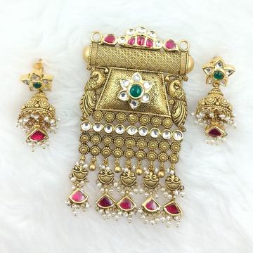 916 GOLD JALAR ANTIQUE PANDENT SET by Ranka Jewellers
