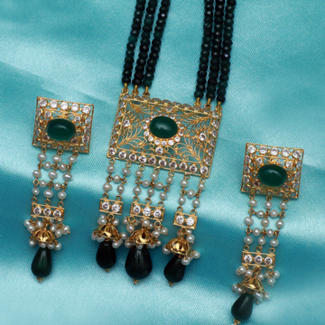 916 Gold Stylish Long Necklace Set PJ-N010