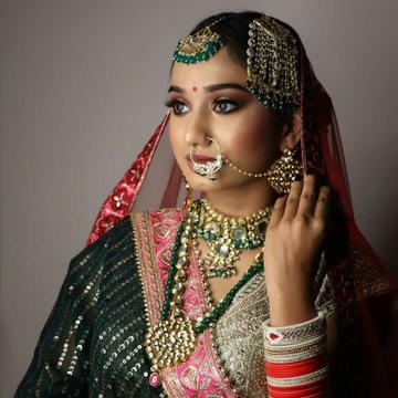 Bridal Jewellery 1818