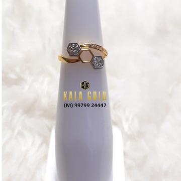 916 Fancy Light Weight Ladies Ring
