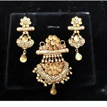 916 Antique Jadtar Khokha P.set by