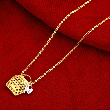 22kt Gold Stylish Hallmark Chain Necklace CN111