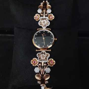 DESIGNING ROSE GOLD LADIES WATCH