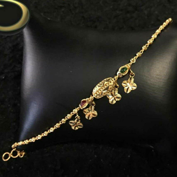 Gold Lucky Ledies Antique Piece by