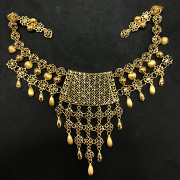 Exclusive Gold Necklace Set by