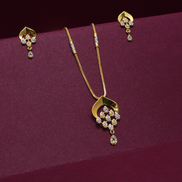 916 Hallmarked Beautiful Pendant Chain With Earrin... by Simandhar Jewellers