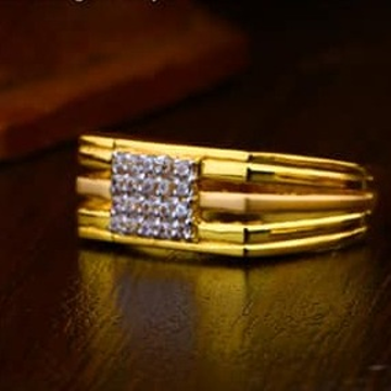 916 Gold Gents Ring 0010