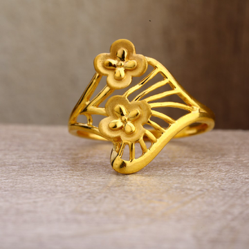 22Kt Gold Women's Exclusive Plain Ring LPR257