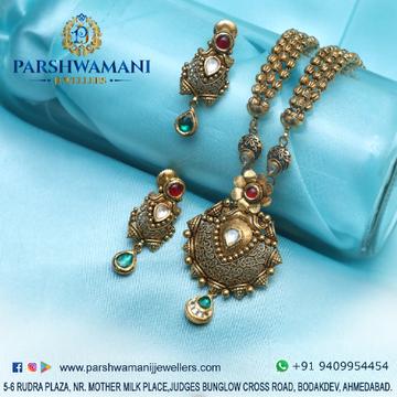 22Kt Gold  Coloring Kundan Antique Jali design Light oxidised Three line Vertical ball malaNecklace set For Women