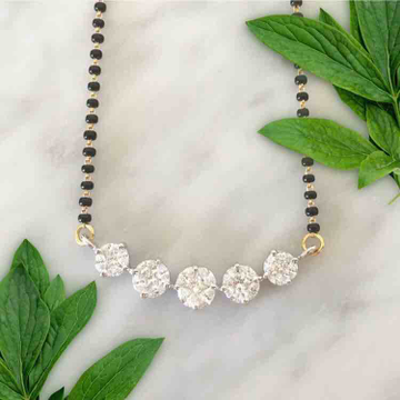18KT Gold Designer Mangalsutra With 5 Solitaire Diamond