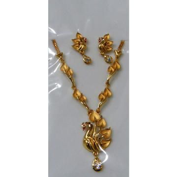 22kt Gold Cz Casting peacock design Short Necklace Set