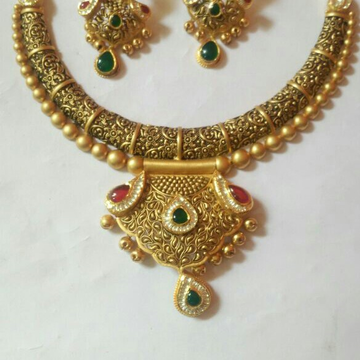 22kt antique set