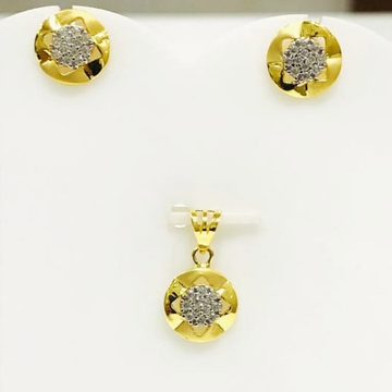 916 gold round pendant set by