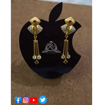 22 carat gold fancy ladies earrings RH-ER431
