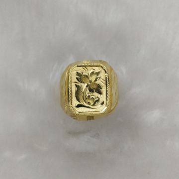 916 Gold Gent's Fancy Ring
