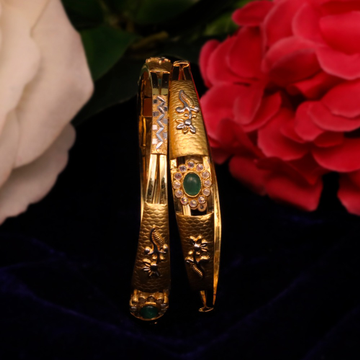 22Kt Gold Attractive Copper Kadli Bangle