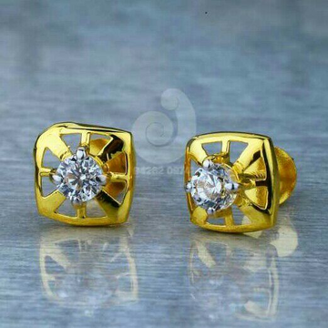 18ct Attractive Fancy Cz Tops